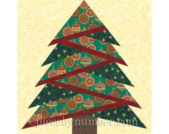 Wreath quilt pattern paper piecing quilt by PieceByNumberQuilts