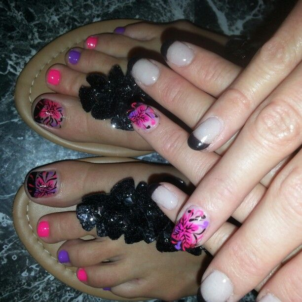 Black, pink and purple nails with pretty flower designs