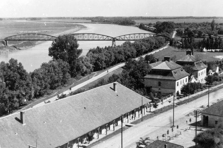 1942 orig: VÁRKONYI BENEDEK MAGYARORSZÁG TOKAJ vasúti híd.