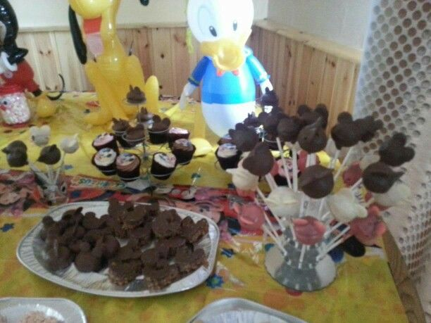 Mickey Mouse cake pops and rice krispie treats