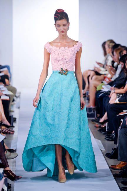 Spring 2013 Trend Report: Lace (Oscar de la Renta)