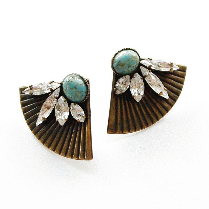 Thea Fan Earring