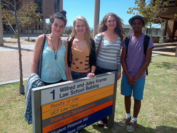 Grade 11 and 12 Mathematics pupils attended a Mathematics Day at UCT.