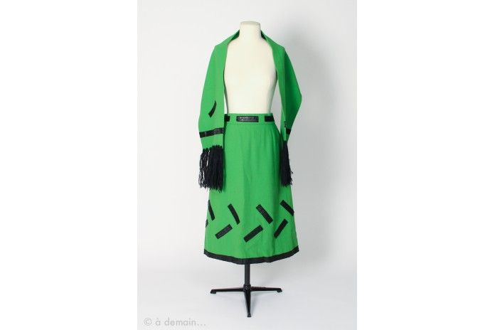 French seventies set with a skirt and a scarf by Lola Prusac Paris