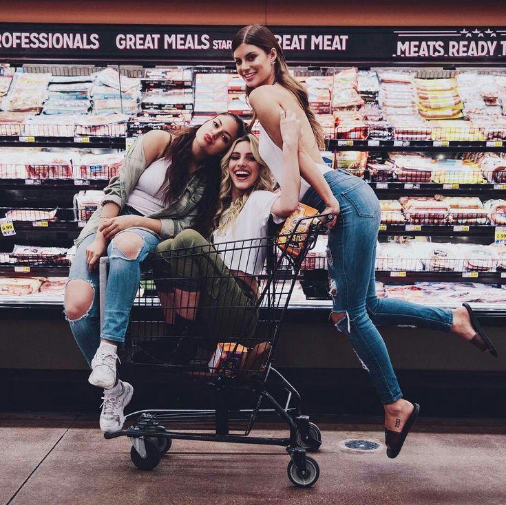 Foto inspiração amigas no supermercado | @lelepons