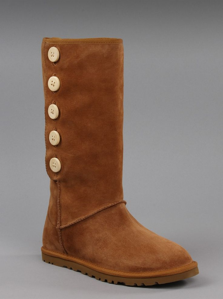 Ugg Australia Womens Lo Pro Suede Boot in Chestnut. Stay comfortable and  warm with these