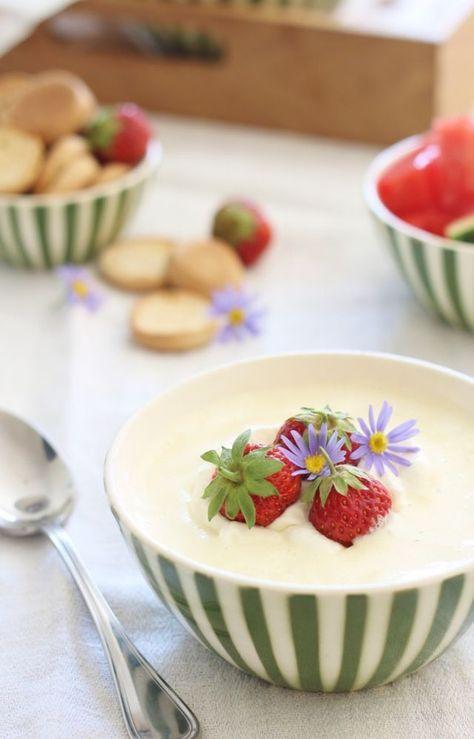 Luksus koldskål med æg, tykmælk og fløde   Loui&bearnaisen (Recipe in Danish)
