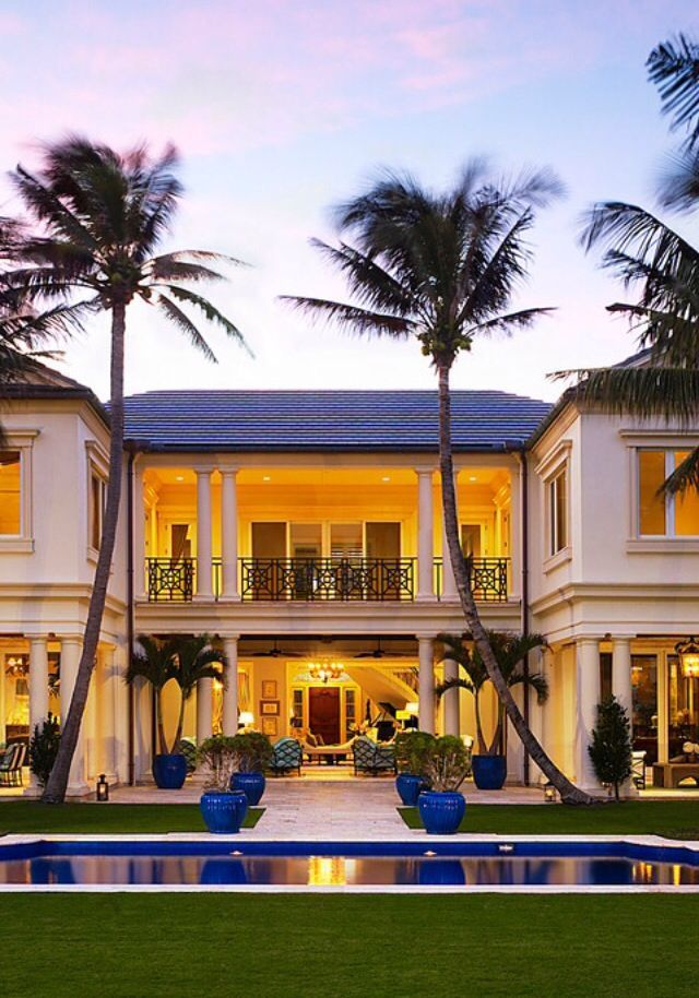 Stunning Architecture And Breath Taking Designs Pools Gardens That Look Like Youre In A 5 Star Resort Which Is The Subject We Shall Be Discussing