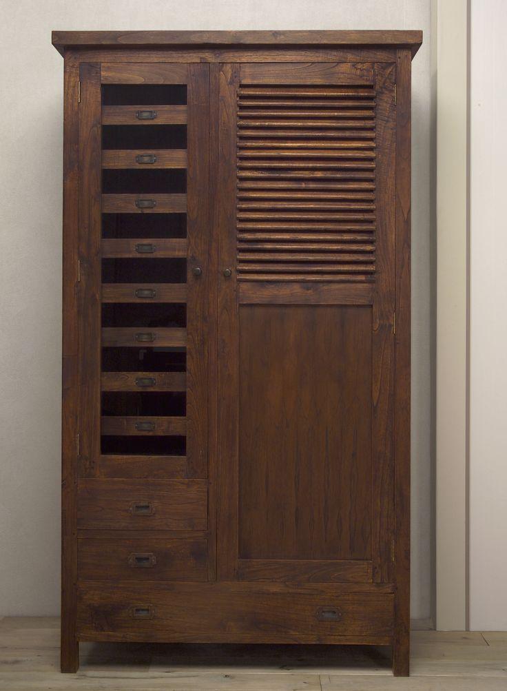 www.livinghome.nl info@livinghome.nl €440,- #kast #kledingkast #linnenkast #garderobekast #bruin #hout #interieur