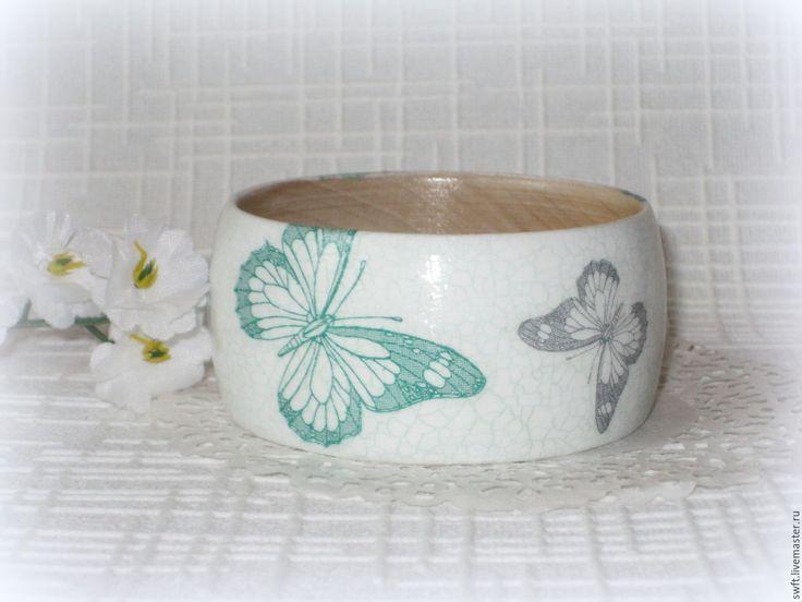 Купить Женский деревянный браслет Бабочки. Голубой белый мятный зеленый - браслет девушке