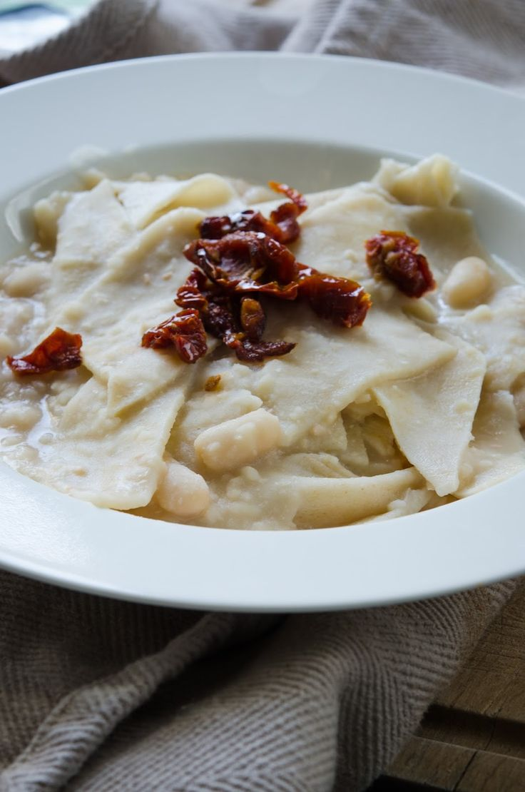 #vegan homemade #pasta! maltagliati with cannellini beans and dried tomatoes
