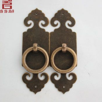 $14.98 (Buy here: https://alitems.com/g/1e8d114494ebda23ff8b16525dc3e8/?i=5&ulp=https%3A%2F%2Fwww.aliexpress.com%2Fitem%2FChinese-antique-bronze-copper-door-locks-straight-handle-DG-049-10CM%2F1196767747.html ) 2015 Limited Kitchen Cabinets Drawer Knobs Knobs Chinese Furniture Antique Bronze Copper Door Locks Straight Handle Dg-049 10cm for just $14.98