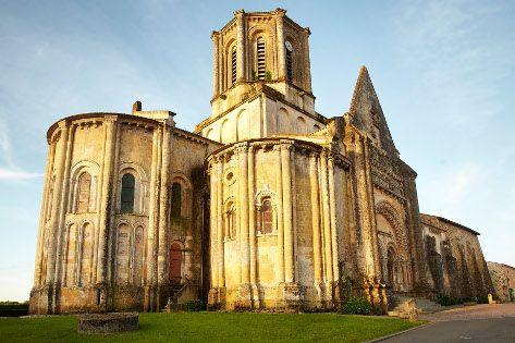 Vouvant ~ Vendée ~ Pays de la Loire ~ France  Church of  Vouvant