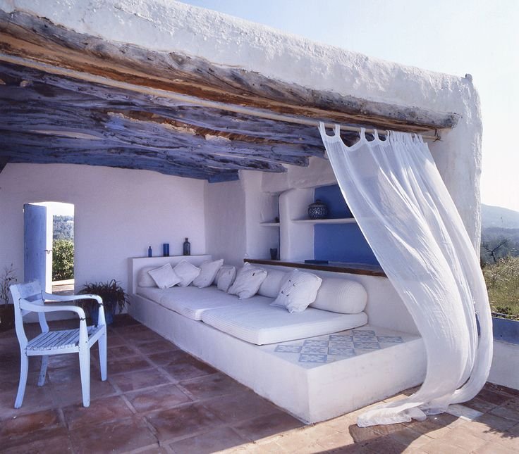 Ibiza, Spain adobe home // great outdoor space