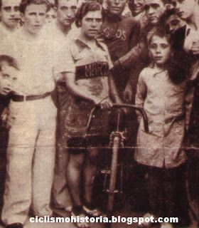 Angelita Torres. 1935. HISTORIA DEL CICLISMO: Inicios del ciclismo femenino en España
