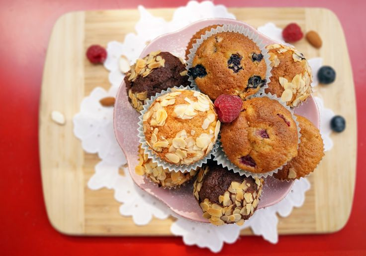Easy muffins which always comes right! Cupcakes photographed by me. #muffins #cupcakes #raspberry #almond #blueberry #homemadecupcakes