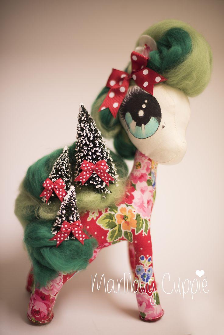 2014 Miss Christmas www.facebook.com/MarlibugCuppie
