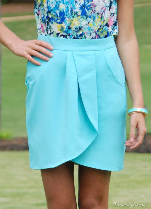 EVERLY Tiptoe Through the Tulips Skirt