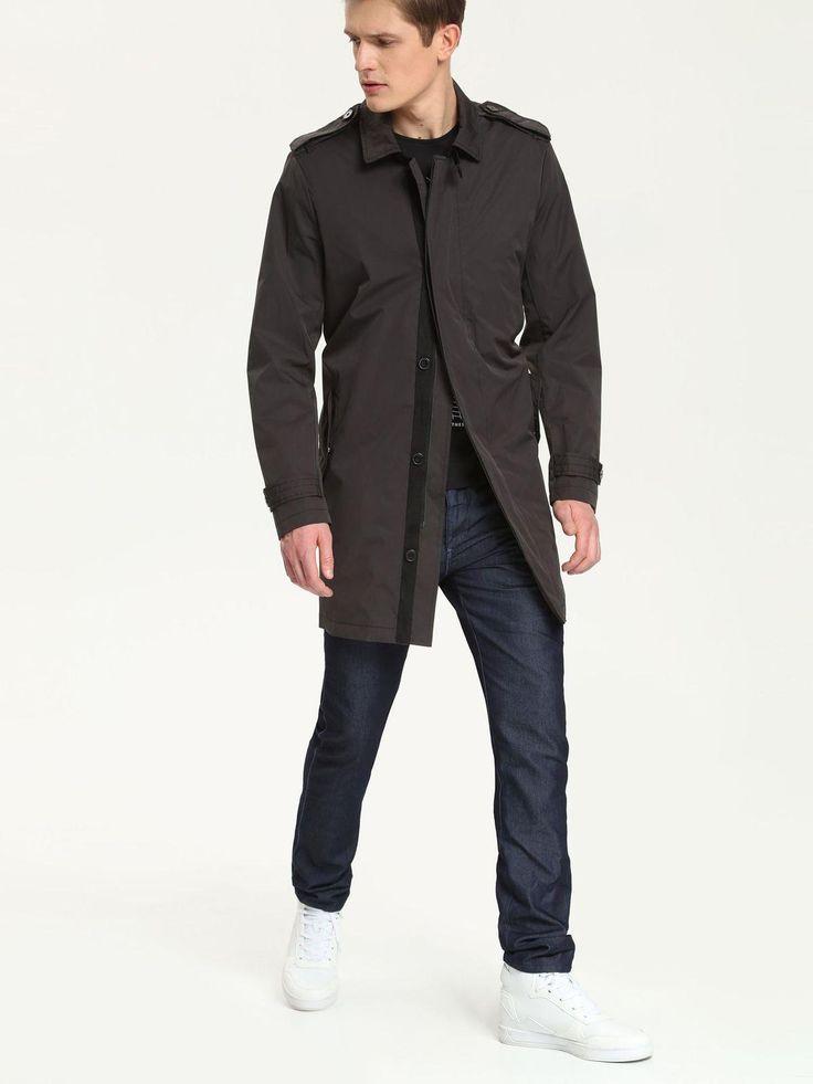 Płaszcze męskie - zimowe, wiosenne i jesienne - atrakcyjne wzory, światowe trendy, zabawa stylem. Modne płaszcze męskie do pracy... i po godzinach. Obejrzyj kolekcję!