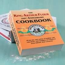 Livre de cuisine du 200e anniversaire du roi Arthur Flour   – Baking Cooking Entertaining