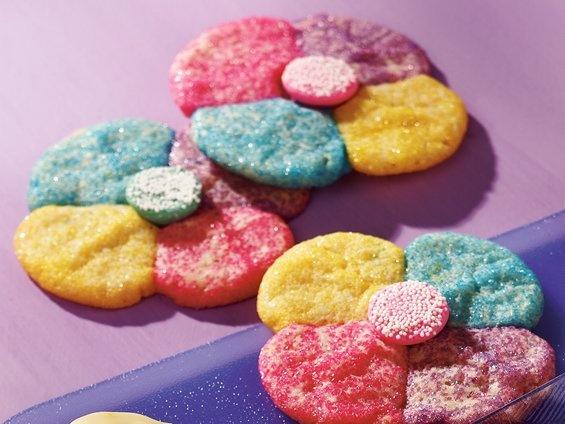 Easter decorating ideas  http://www.facebook.com/SuziHomefaker?ref=tn_tnmn: Holiday, Posy Cookies, Refrigerated Sugar, Recipe, Anytime Dessert, Party Ideas, Sugar Cookie