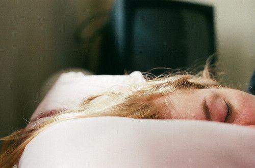 Картинка с тегом «girl, vintage, and sleep»