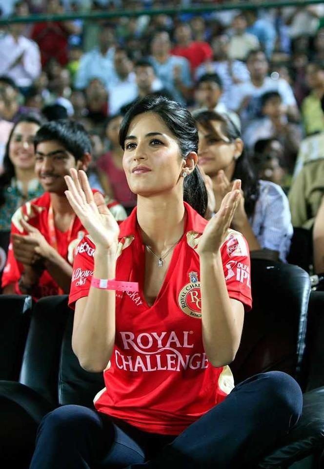 CuteKatrina Kaif.. For More: www.foundpix.com #KatrinaKaifl #Bollywood #Hot #Katrina