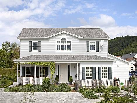 33 besten holzh user bilder auf pinterest blockhaus bauen holzhaus kaufen und grundrisse. Black Bedroom Furniture Sets. Home Design Ideas