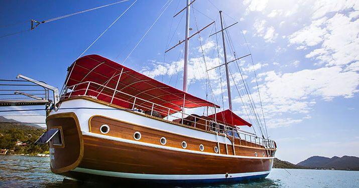 #bestholidayever #yachtcharter #holidaystoremember #yachting #yachthire #yachtrental #yachtboutique #boutiqueholiday #boatholiday #boating #boat #boatlife #boatcharter #luxurycharter #luxurylifestyle #luxurytravel #wanderlust #sardegna #costasmeralda #corsica #portocervo #maddalena #unesco #sardinia #luxuryholidays #urlaub #bluecruise #guletvictoria #guletcharter #guletcruise Www.yachtboutique.eu