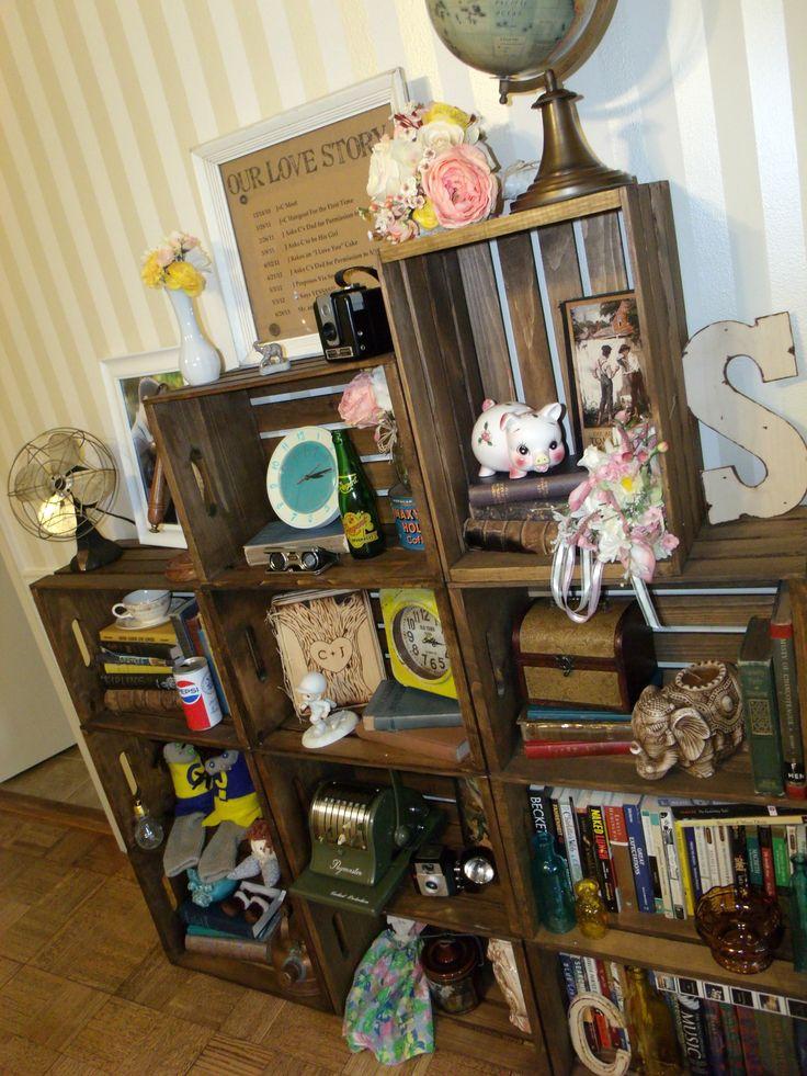 Wine crate bookshelf diy bookshelf antique bookshelf for Wine crate diy