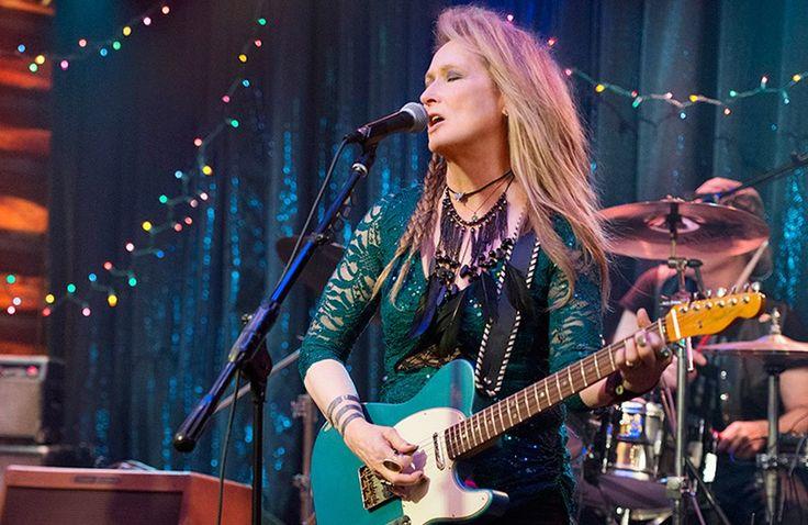 """Meryl Streep tocando guitarra na primeira foto oficial do filme """"Ricki and the Flash"""""""
