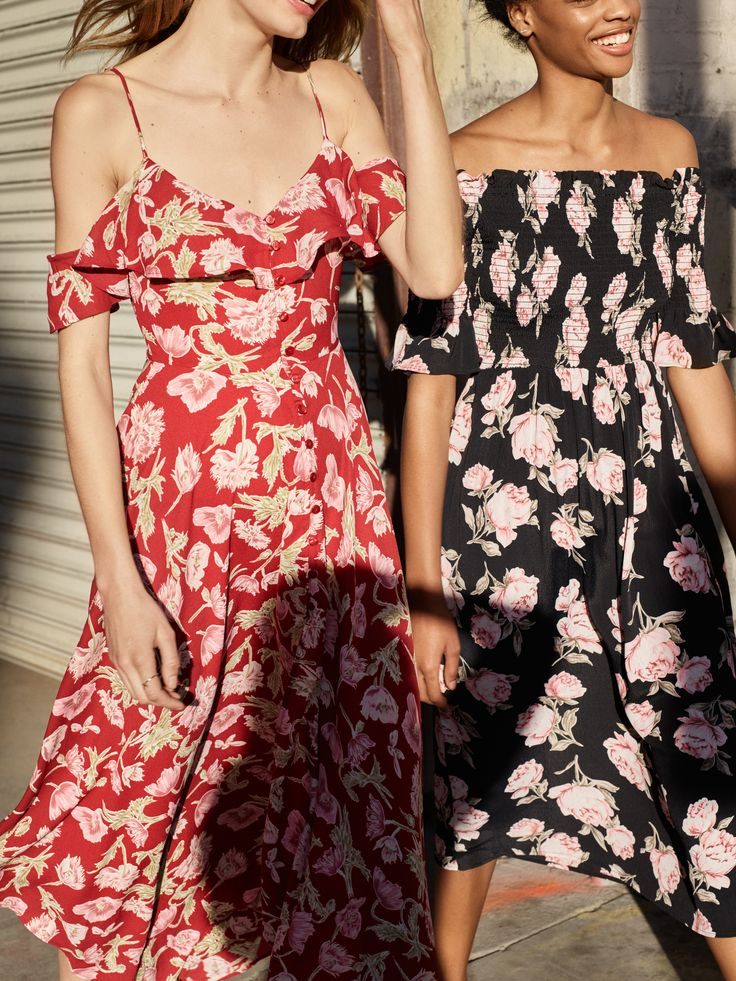 Topshop's new spring 2017 dress campaign features pretty frocks you'll be dying to own.