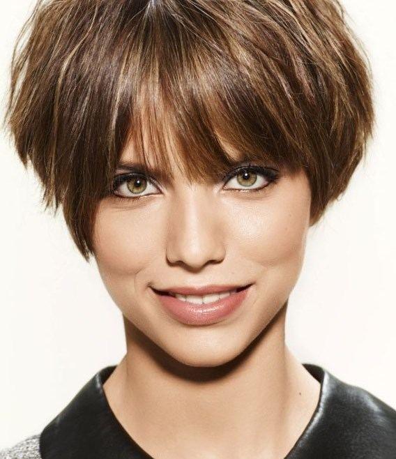 1000+ ideas about Modele Coupe De Cheveux on Pinterest   Visage ...