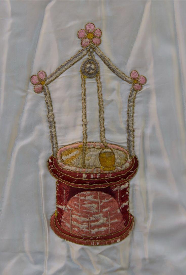 Fuente sellada, bordado de la cama de María. Diseño Pedro Ibarra 1924