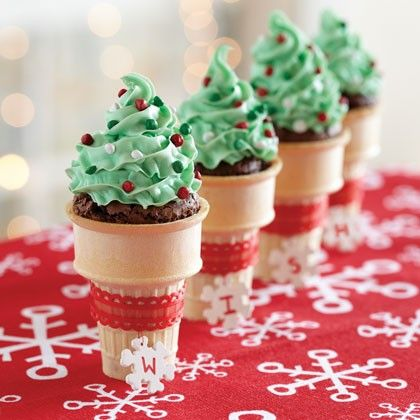 Holiday Brownie Cones What you'll need 16 ice cream cake cones (about 2 3/4-inches tall with flat bottoms) 1 (19.4 oz.) pkg. Pillsbury® Funfetti® Holiday Premium Brownie Mix 1/2 cup Crisco® Pure Vegetable Oil 1/4 cup water 3 large eggs 1 (13.5 oz.) can Pillsbury® Easy Frost™ Holiday Vanilla Flavored No-Fuss Frosting How to make it