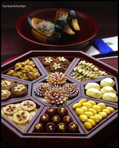 Korean traditional wedding food