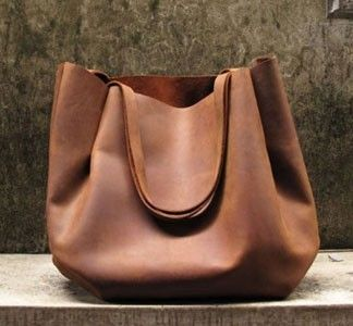 Pretty Products / sumptuous leather bag