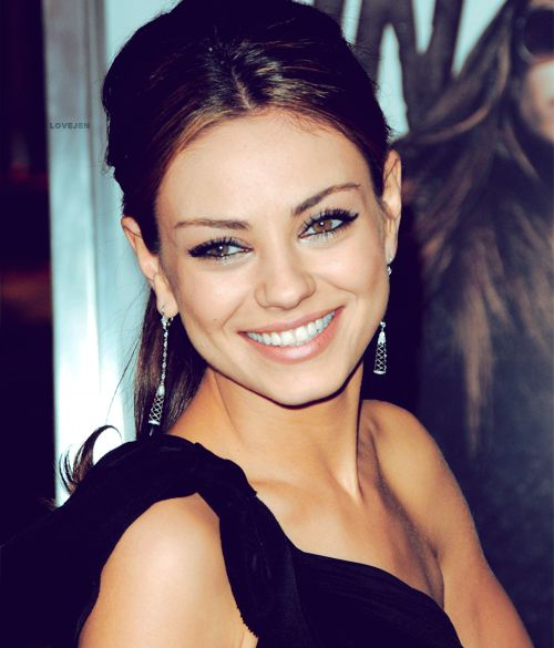 mila kunis -She always looks fresh &classy! She always reminds me of my BFF @Heather Sullivan