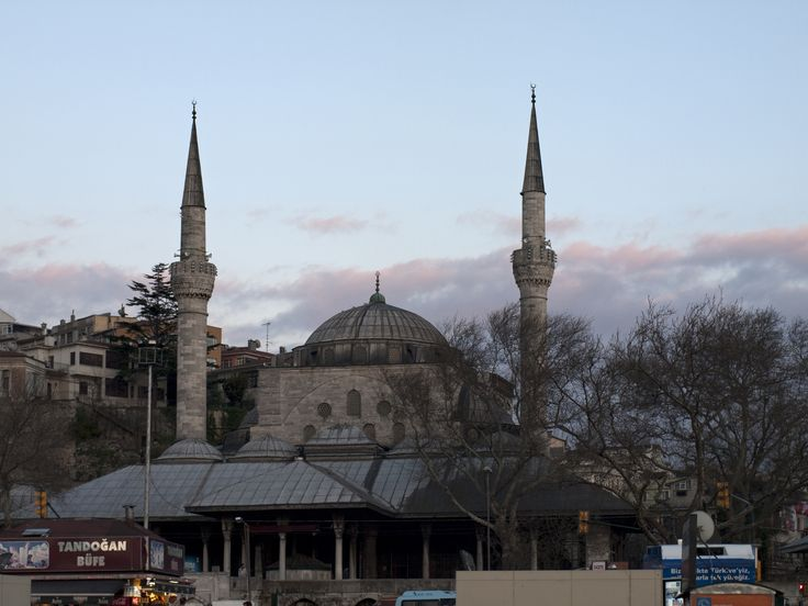 Mirimah mosque (Turkish :Mihrimah Sultan Camii ) Istanbul From Wikimedia Commons