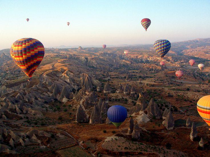 -Nice shot: Balloons over Cappadocia by Carlos Luque