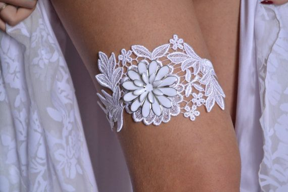 White Lace Wedding Garter Set White Bridal by BridalSpecialDay, €20.00