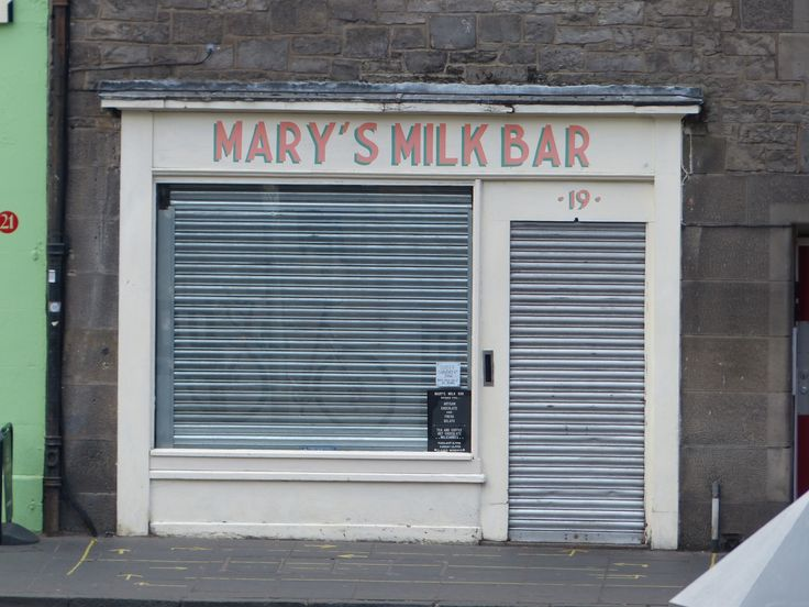 Saddest sight in Edinburgh? Arriving at Mary's Milk Bar and finding it's shut for the day (sob, sob).