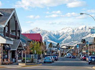 Jasper, Alberta - gorgeous quaint little town with again, an amazing backdrop.