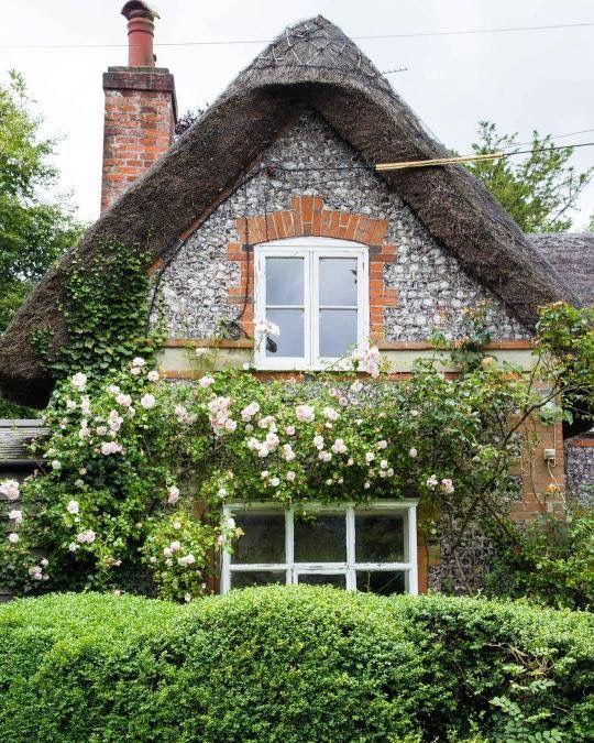 Oltre 25 fantastiche idee su castelli inglesi su pinterest for Architettura in stile cottage
