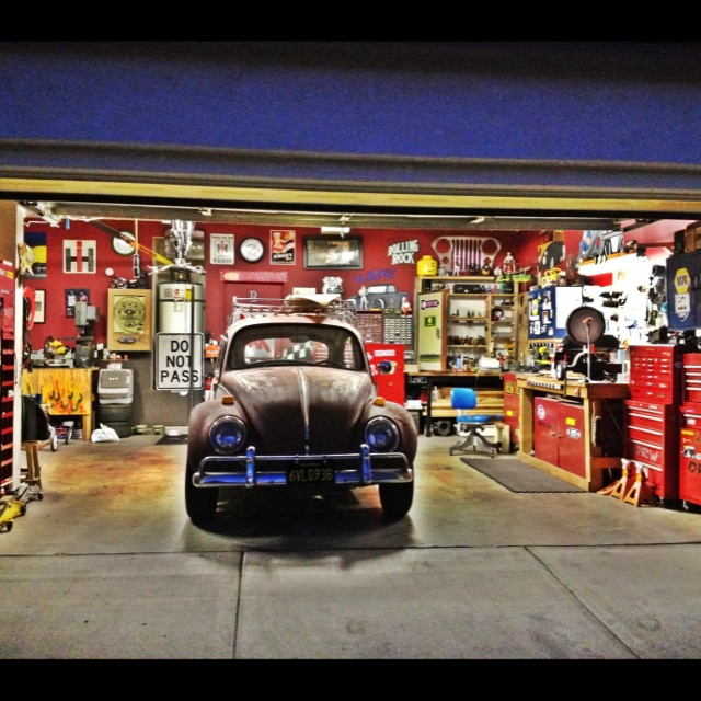 38 best dream garages images on pinterest dream garage garage and ultimate garage. Black Bedroom Furniture Sets. Home Design Ideas