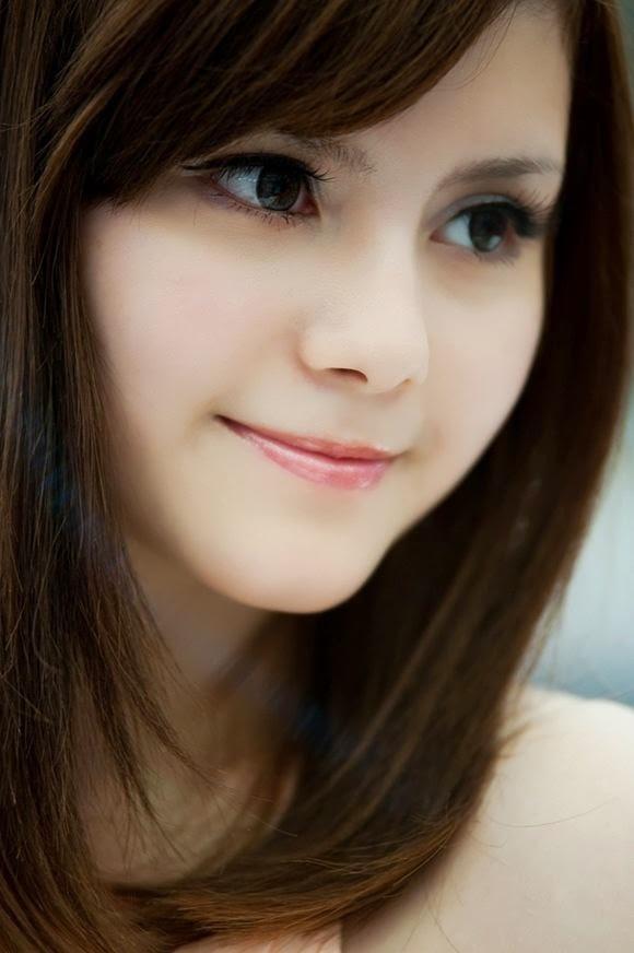 23 Gambar Photo Wanita Cantik - SENI RUPA