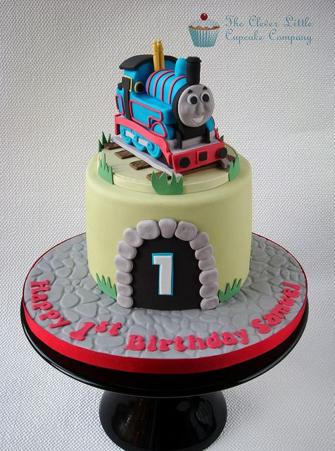 Thomas the Tank Engine Cake by The Clever Little Cupcake Company (Amanda), via Flickr