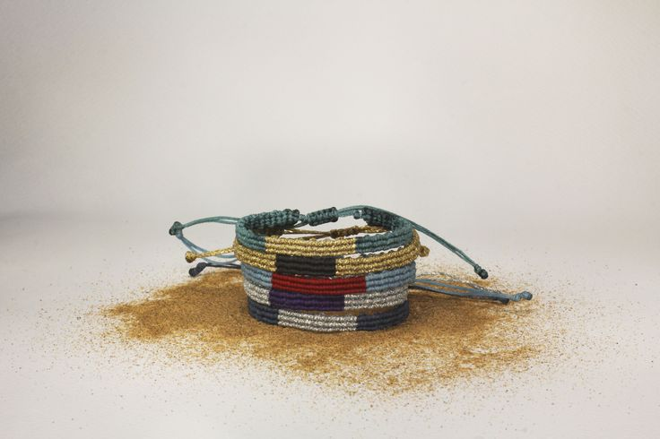 Double colored macrame bracelets - casual style!