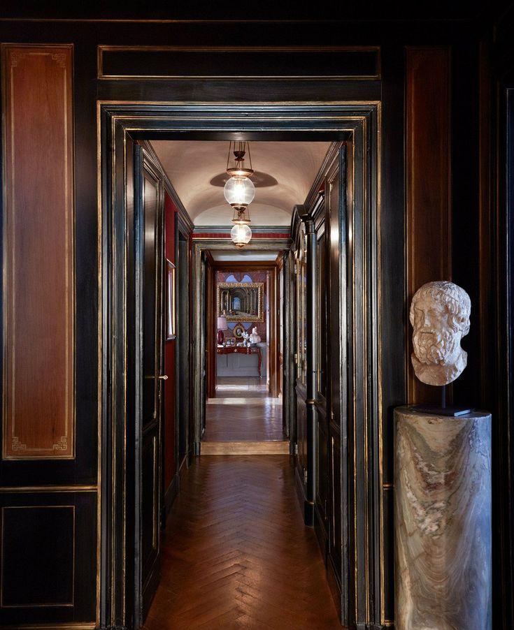 Famous-interior-designers-–Studio Peregalli hallway apartment-11 designed-a-chicest-Milan-apartment.