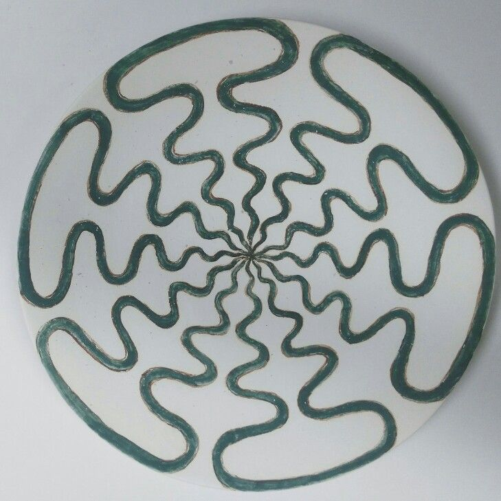 Green pattern plate. Тарелка зеленая осьминожка